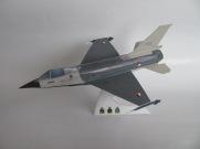 F16 Koninklijke Luchtmacht Gebouwd door Dhr. Hay Janssen